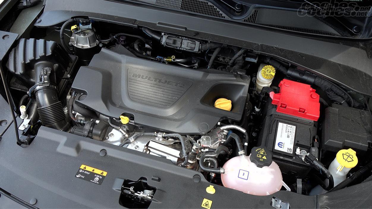 JEEP Compass 4x4 - Le moteur diesel 1.6 a maintenant 130 ch et une économie de carburant améliorée.