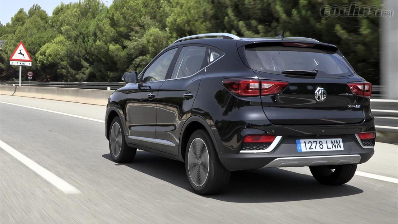 MG ZS EV - Ce SUV 100% électrique propose un ensemble très intéressant dans lequel seule l'autonomie d'utilisation faiblit : 263 km selon WLTP.