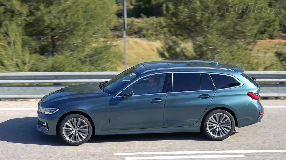 BMW Série 3 Familiale - La BMW 320d xDrive Touring conserve la sportivité de tous les modèles BMW, avec une très bonne direction et un châssis à la hauteur de ce qu'on attend d'une telle voiture.