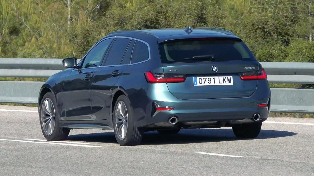 BMW Série 3 Familiale - La consommation de cette voiture est très faible.  Il atteint à peine les six litres en moyenne, avec la possibilité d'en rester près de 5 sur autoroute.