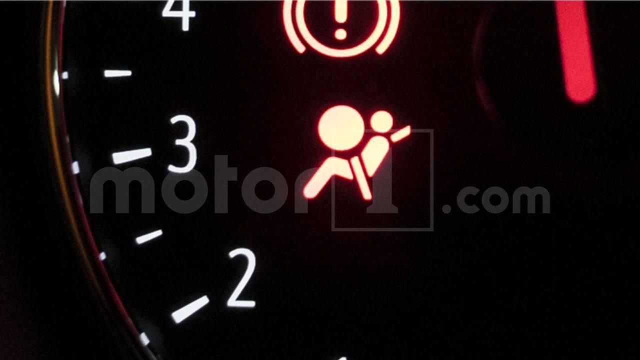 Témoin de prétensionneur de ceinture de sécurité et d'airbag