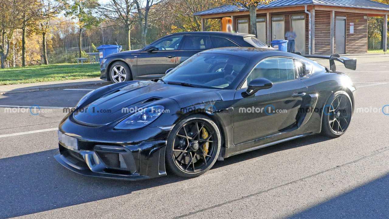 Porsche 718 Cayman GT4 RS, nouvelles photos espion