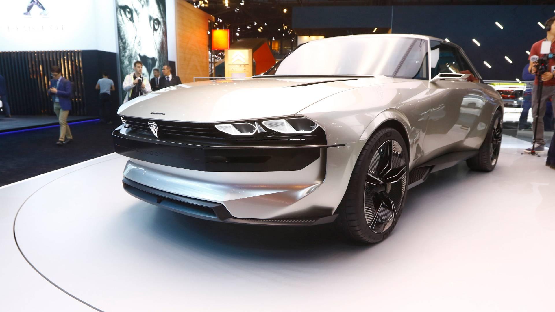 Peugeot e-LEGEND CONCEPT au Mondial de l'Auto