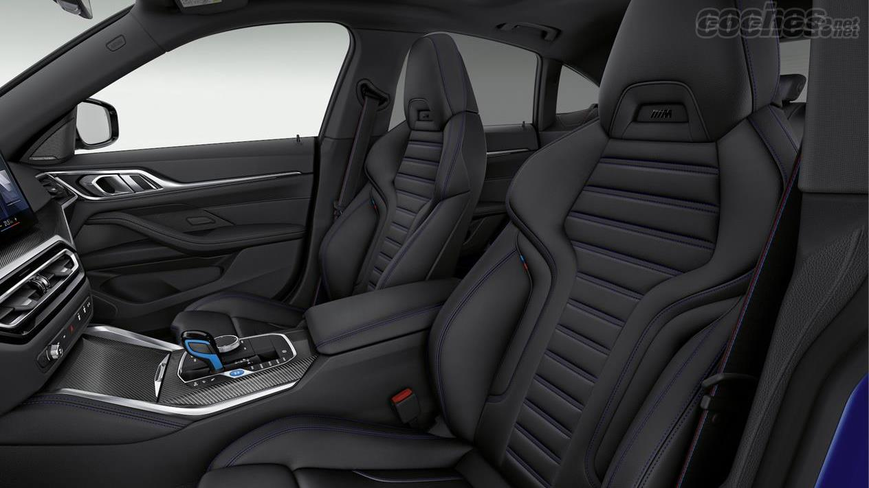 BMW i4 - Les sièges de la BMW i4 M50 sont de style dossier, très sportifs.