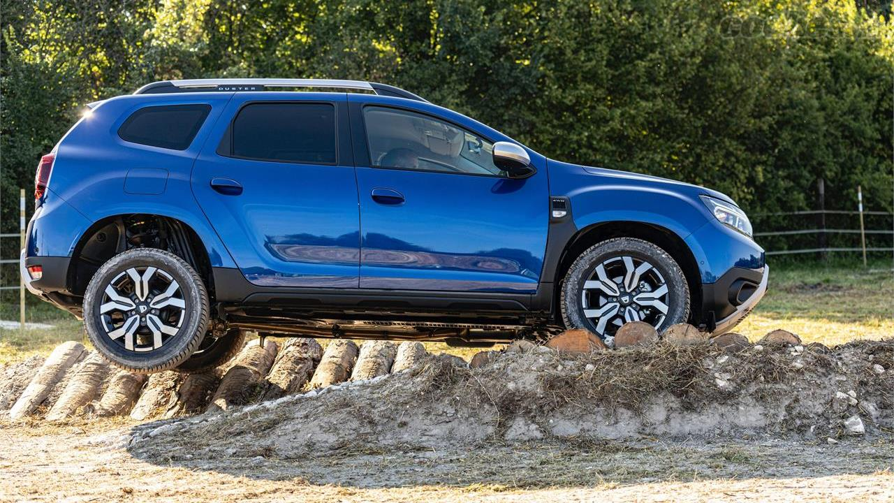 DACIA Duster - Le modèle 4x4 reste un SUV à vocation tout-terrain.