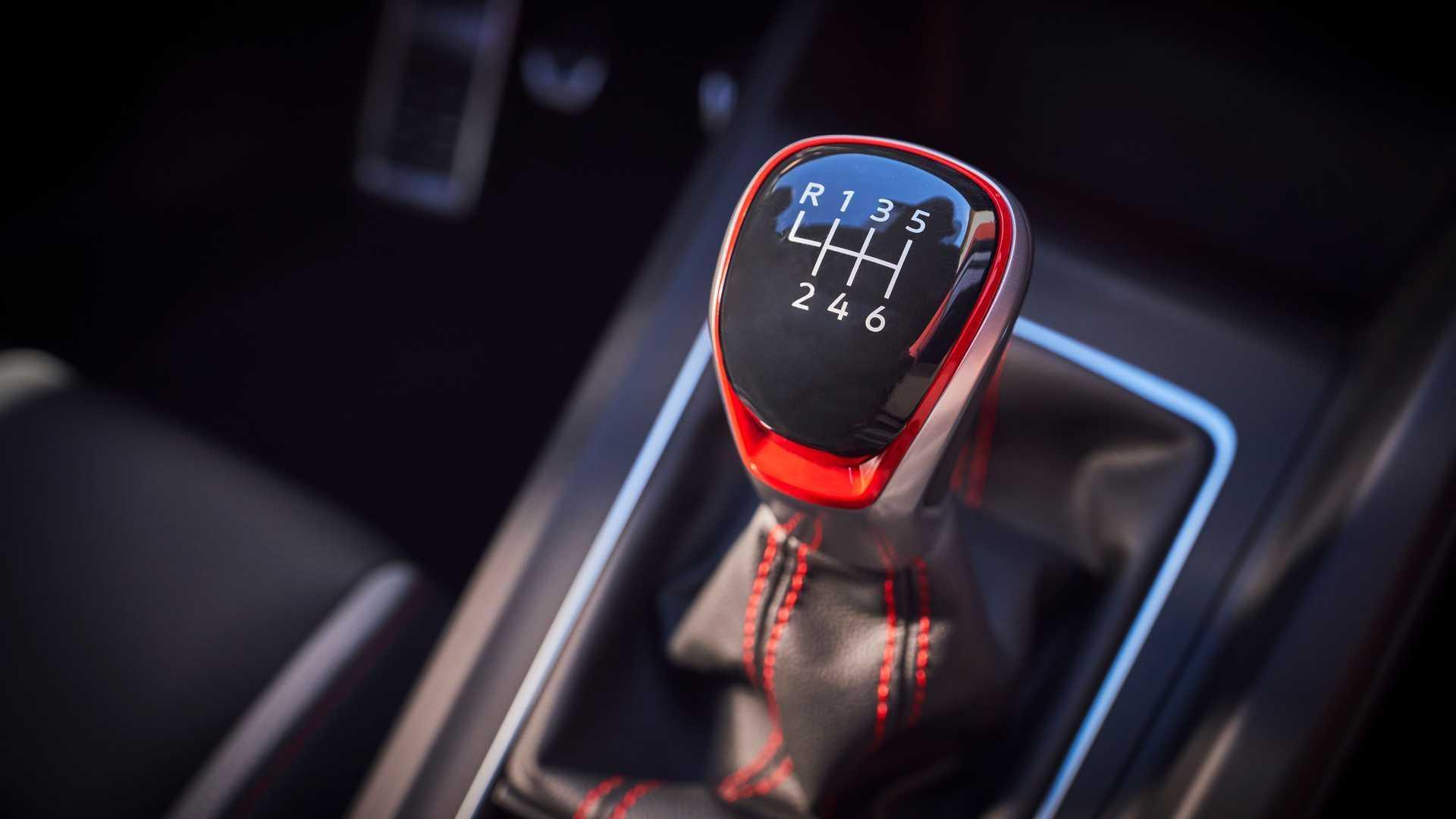 Volkswagen abandonnera la boîte de vitesses manuelle en 2030