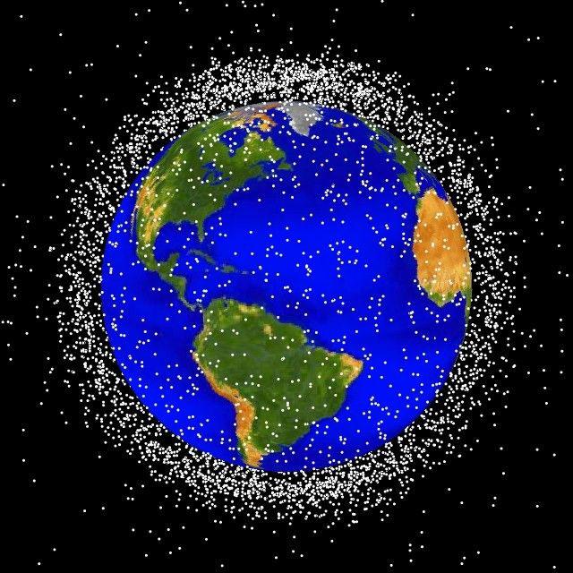 représentation visuelle des débris spatiaux à la NASA