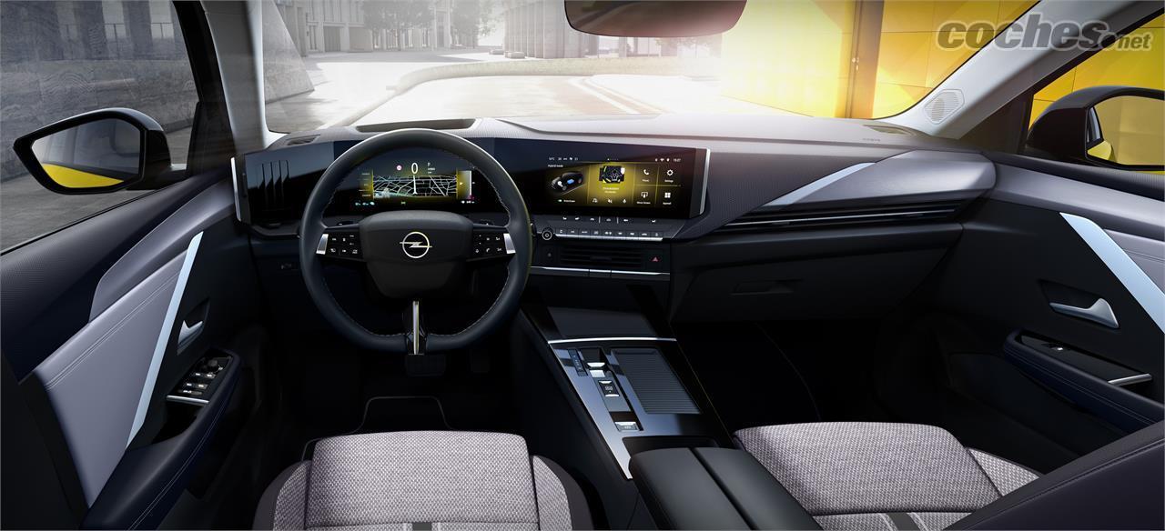OPEL Astra - L'intérieur de la nouvelle Astra suit la ligne du Mokka, avec deux grands écrans de 10 pouces côte à côte.