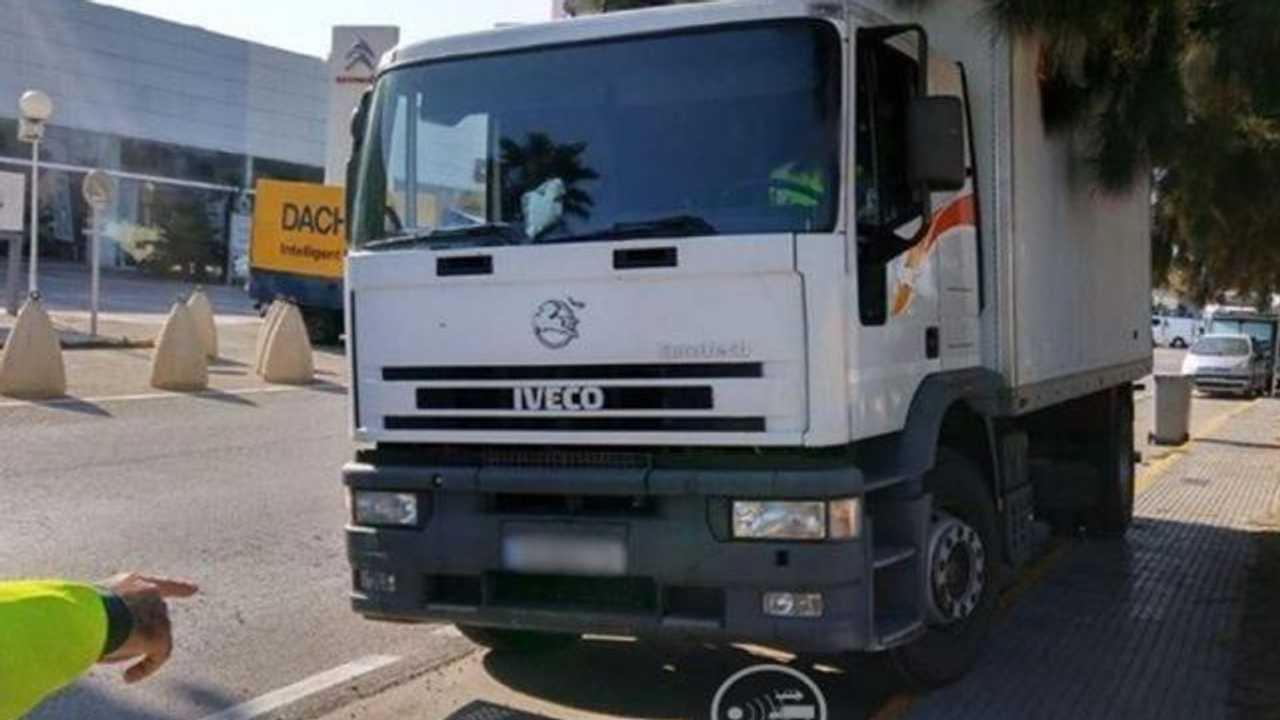 Camion avec radar