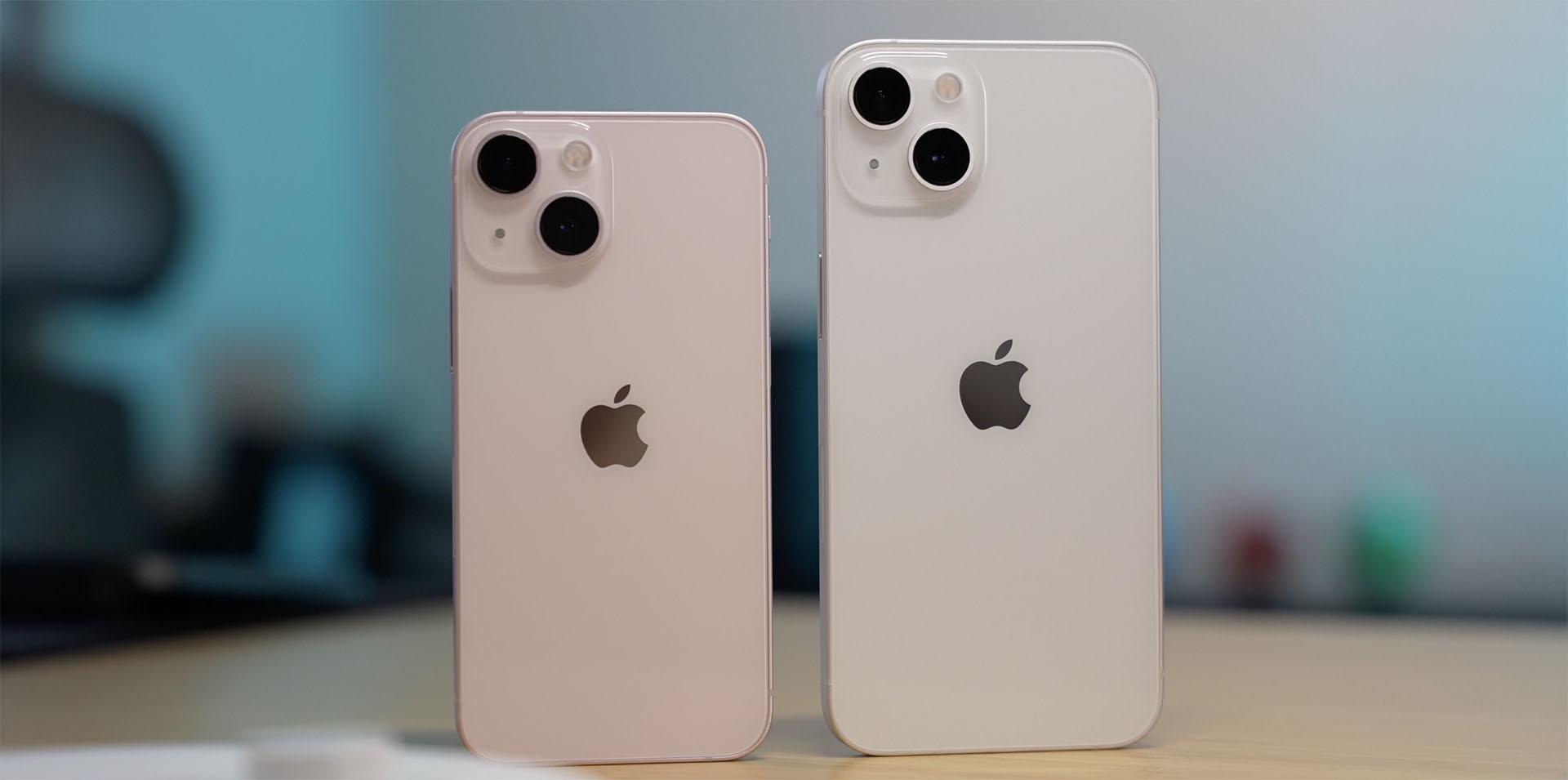 iPhones sur la table