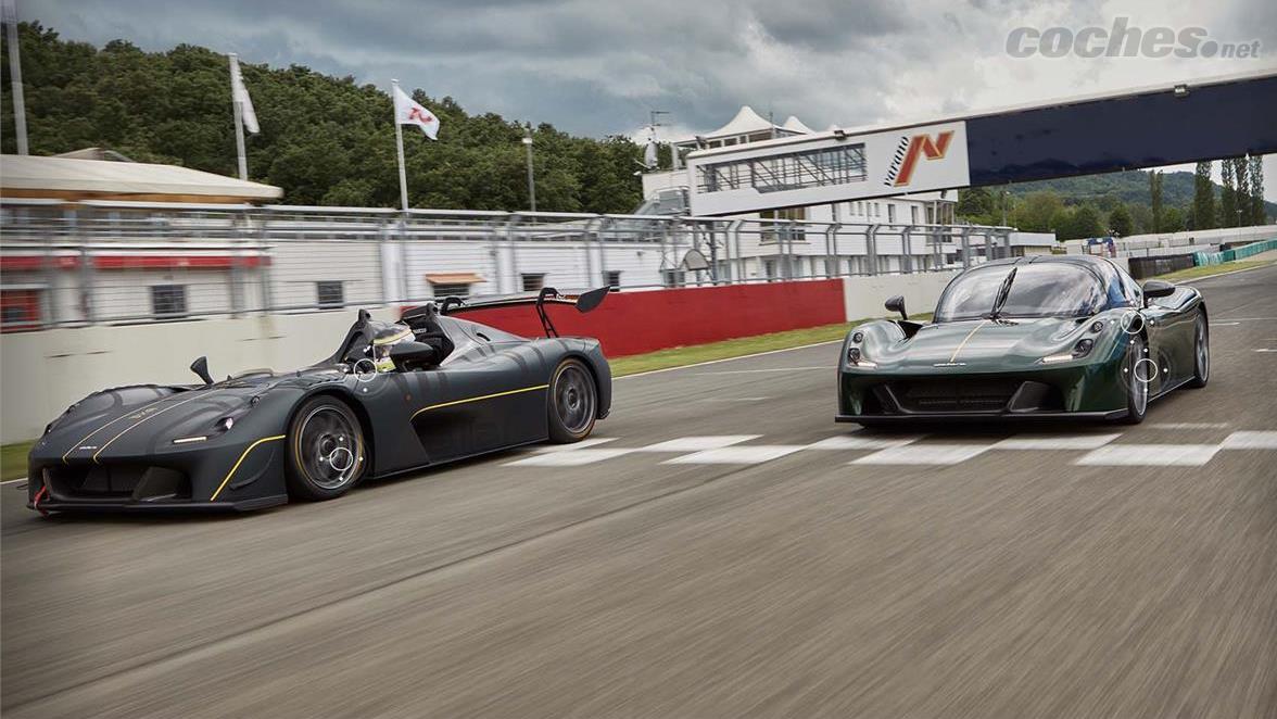 La Dallara Stradale EXP est une évolution plus extrême de la Stradale encore plus axée sur l'utilisation sur piste.