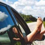 Est-il interdit de conduire en tongs ou pieds nus ?