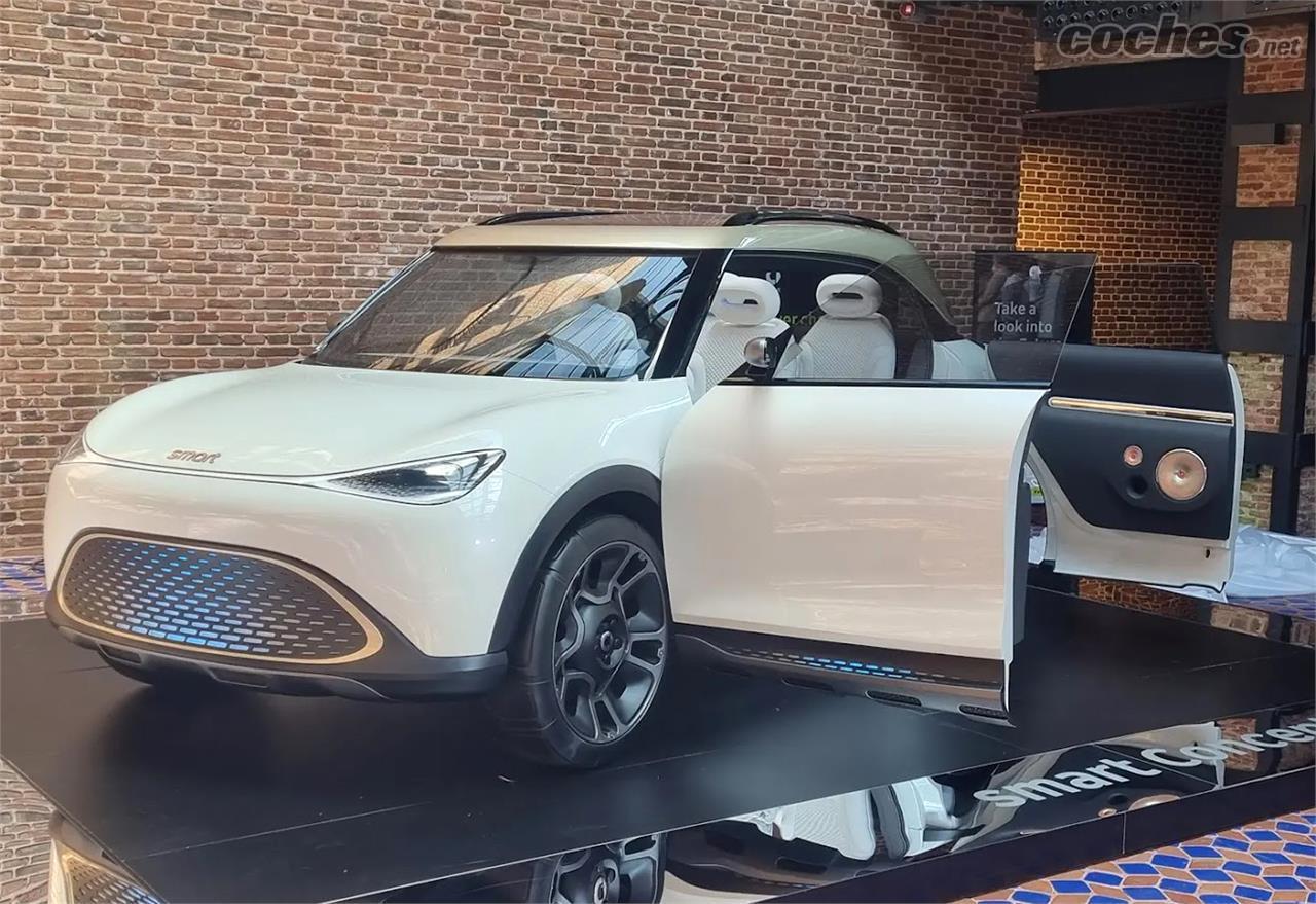 SMART forfour - La versión de producción del Smart Concept #1 se pondrá a la venta a finales de 2022 en España.