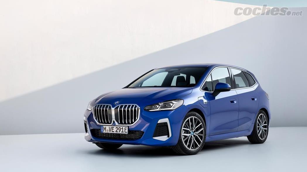 BMW Série 2 Active Tourer - Les versions hybrides rechargeables de la BMW Série 2 Active Tourer 2022 arriveront un peu plus tard que les versions essence et diesel.